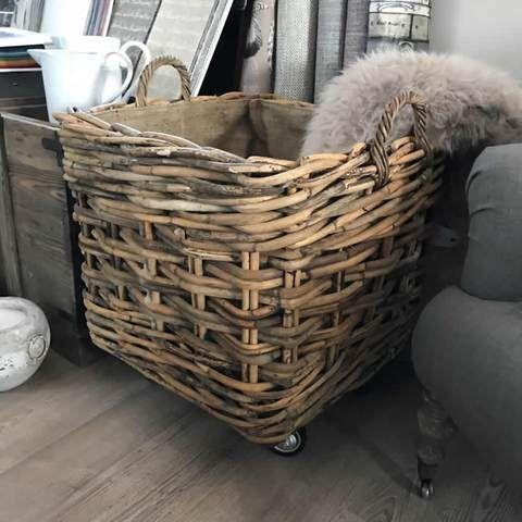Square Chunky Weave Log Toy Basket Handles Hessian Liner Wheels Wicker Hamper Wicker Hamper Basket Basket