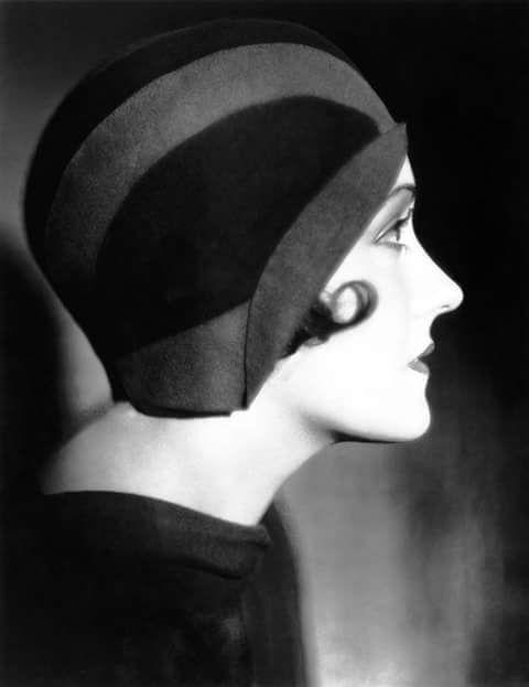 Gloria Swanson, 1930s.