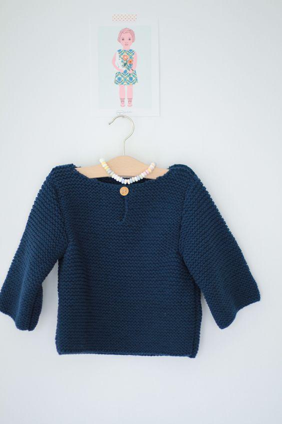 Tutoriel pull en tricot point mousse pour enfant tr s for 70 portent un pull bleu