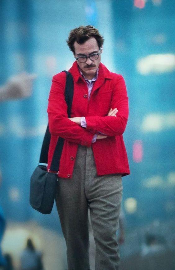 Joaquin Phoenix - Her   great costume design: subtly futuristic