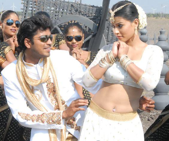 Allari Naresh and Sharmiela Mandre in Kevvu Keka Telugu Movie (9) at Telugu Movie Kevvu Keka Stills  #AllariNaresh #KevvuKeka #SharmilaMandre