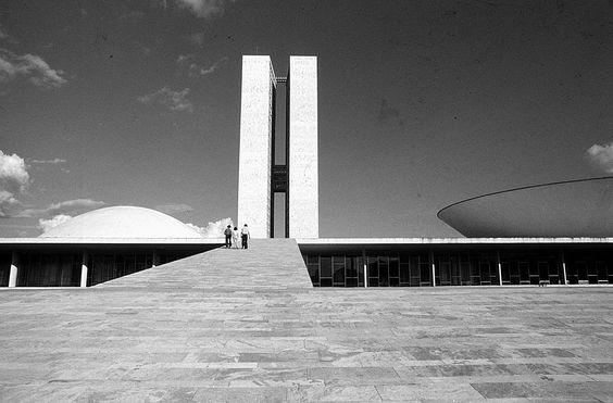 Congresso Nacional. Brasília, Brazil - Oscar Niemeyer (1960)