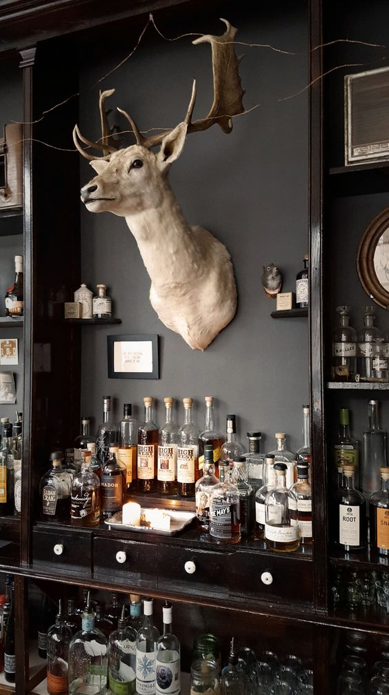 Western Style Man Cave Bar Ideas