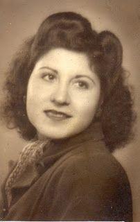 Photoinvestigacionchema: La ausencia de una madre y la ingratitud de unos h...