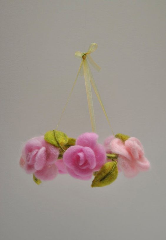 /Felt flor colgante cuna móvil flor de Gasa Waldorf por MagicWool