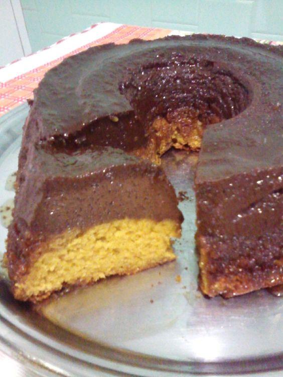 Receita de Bolo de cenoura com pudim de chocolate. Enviada por Gislaine Nora e demora apenas 145 minutos.