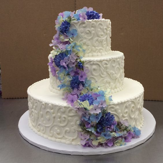 hyvee wedding cakes wedding cake by dillon ls1 hy vee bakery 16226