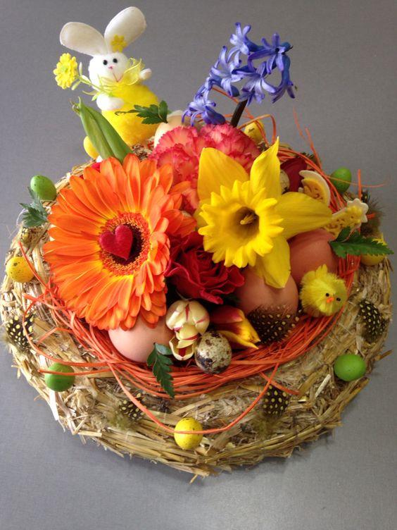 Composition florale paques nid douillet  Mes compo