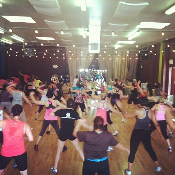 Have fun with cardio dance classed for weight loss! #palango #fun #dance #cardio