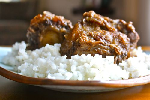 caribbean oxtails... easy... takes about 15 prep... 6 hours cooking (slow cooker, so you can walk away). Result? Yummy! I've made this recipe a few times.