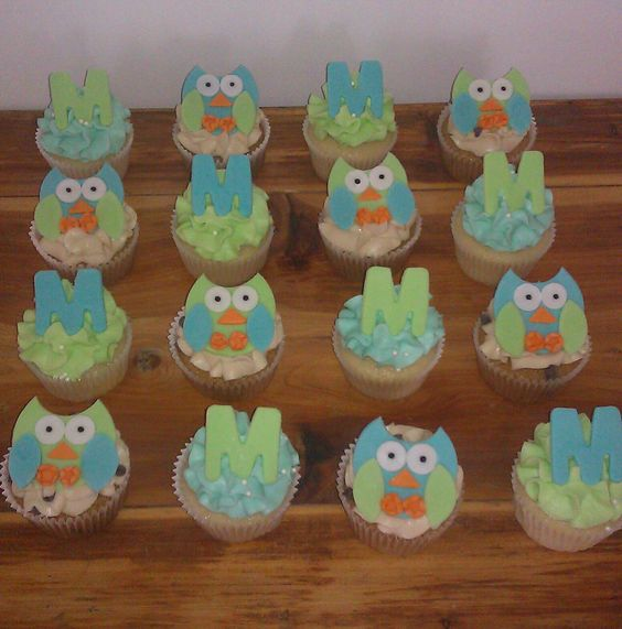 Owl theme baby shower. Made by DSD Bakery in Dodge City, KS