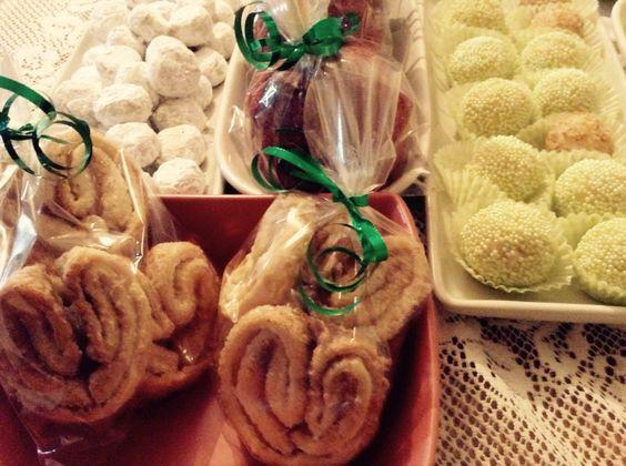 Trufitas, galletas de nuez, palmeritas y manzanas con tamarindo