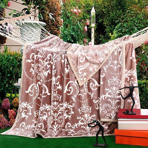 Amazon.com: Uozzi Bedding Flannel Throw Blanket, Ultra Soft Plush Fleece Lightweight All-Season Throw/Bed Blanket, Paisley: Home & Kitchen