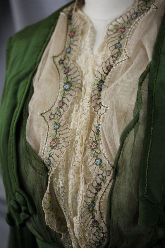 Edwardian dress detail