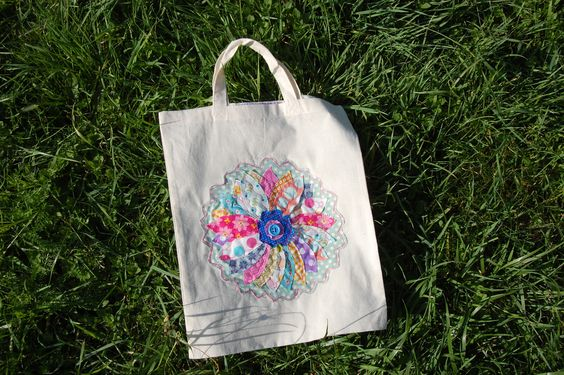Button Fayre gift bag with freestyle machine embroidery