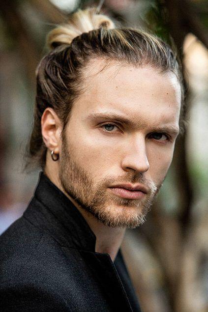 Long Hairstyles For Men Applied Lange Haare Manner Haare