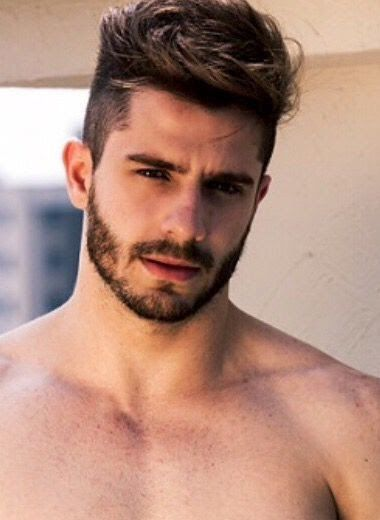 Most Attractive Hairstyles For 2018 Haircuts For Men 15 Attractive Short Haircuts For Men With Thick Ha Cool Hairstyles For Men Short Beard Beard Styles Short