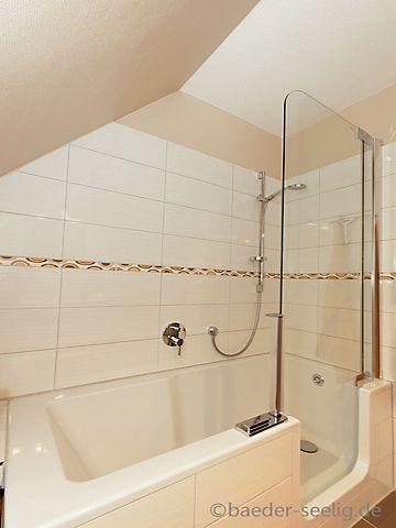 Badewanne mit t r in der dachschr ge badezimmer in for Badezimmer hamburg