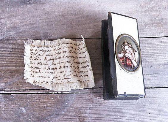 BAKELITE Italian Vintage 20s Snuffbox bakelite by WitchOfVintage, €150.00