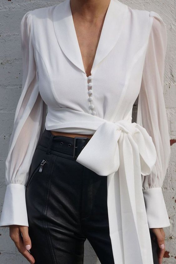 43 Women Blouses That Will Inspire You This Spring outfit fashion casualoutfit fashiontrends