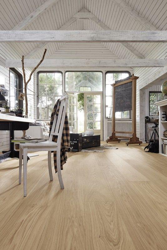 Parkett Penta PD450 mattlackiert Eiche harmonisch cremeweiß - offene wohnkuche mit wohnzimmer