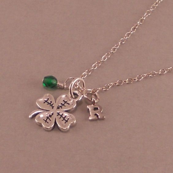 St Patrick's Day Four Leaf Clover Necklace by SixSistersBeadworks, $34.00