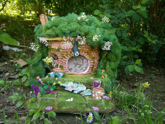 diorama de casa hobbit hobbiton ooak jardín de casa por MundoMagico
