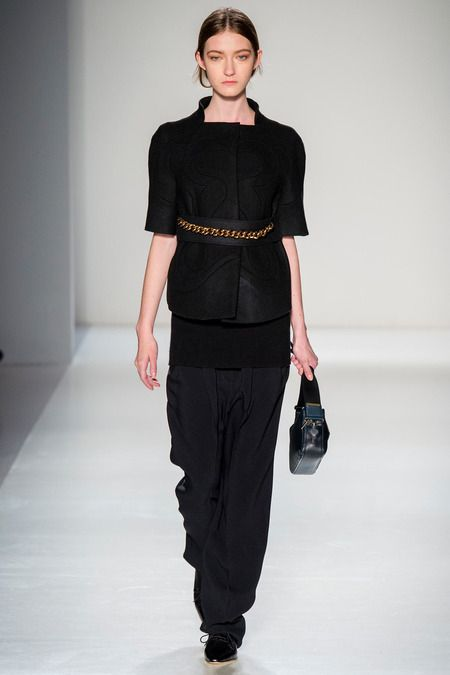 "Victoria Beckham | Fall 2014 Ready-to-Wear Collection | Style.com sloping shoulders - seams to create ""print"" chain belt"