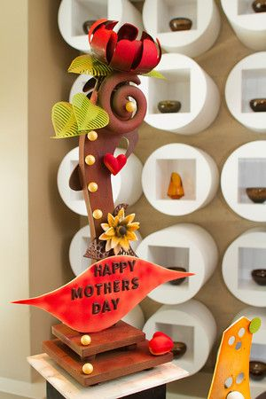 chocolate sculpture - Mother's Day