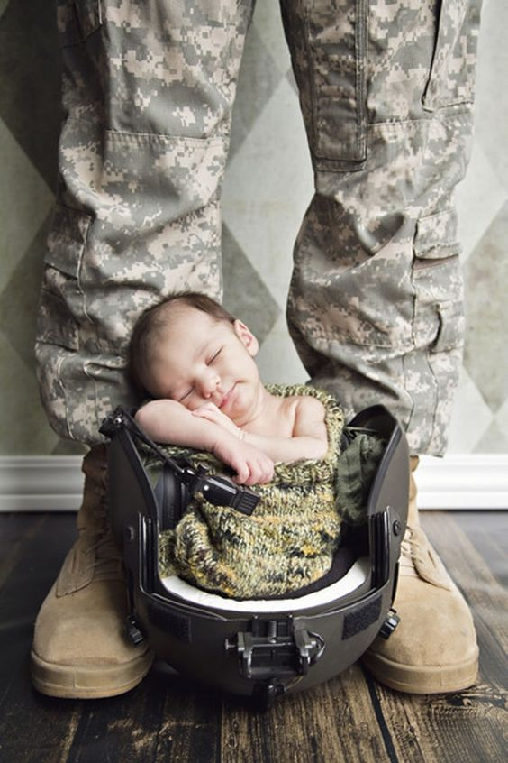"Honorable Mention Military Life ""Daddy's Watch"" Mil FM Kimberly Johanson Wiesbaden, GE"