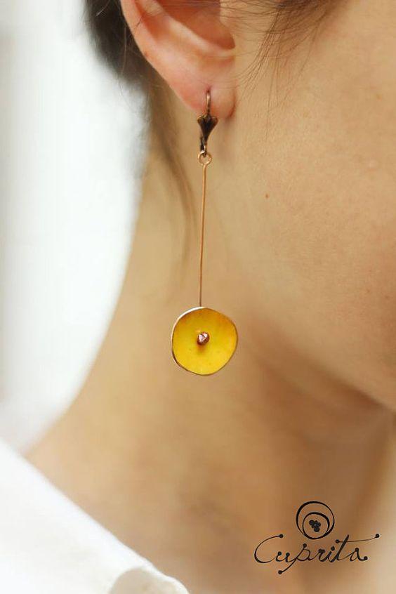 Pendientes circulares de cobre esmaltado joyería en por Cuprita, $20.00