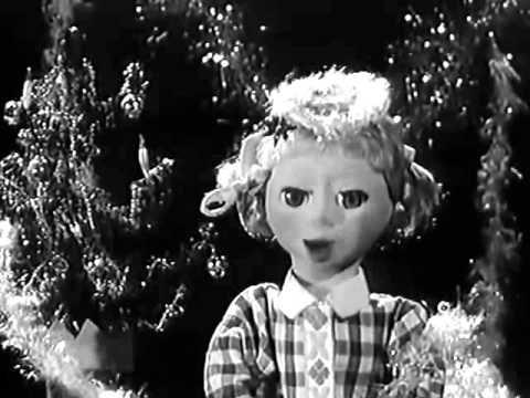 La séquence du jeune spectateur et la poupée Claire