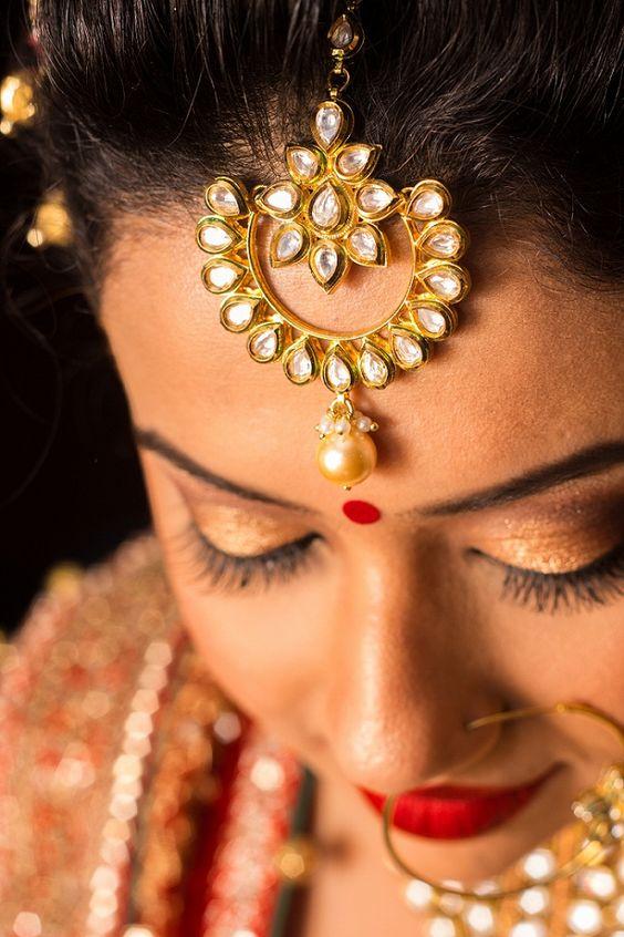 The love for Maang Tikas <3 #maangtika #jewellery #indianjewellery #shaadisaga