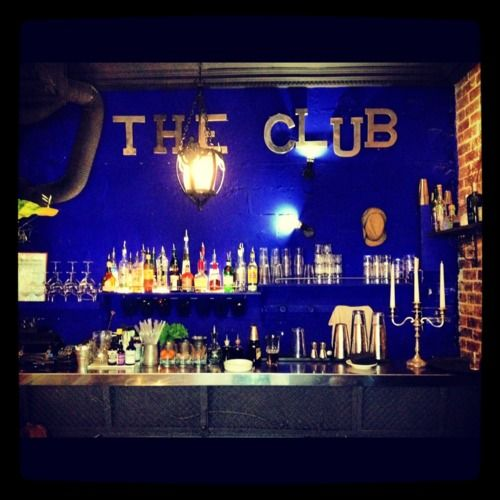 The Club, Paris VII