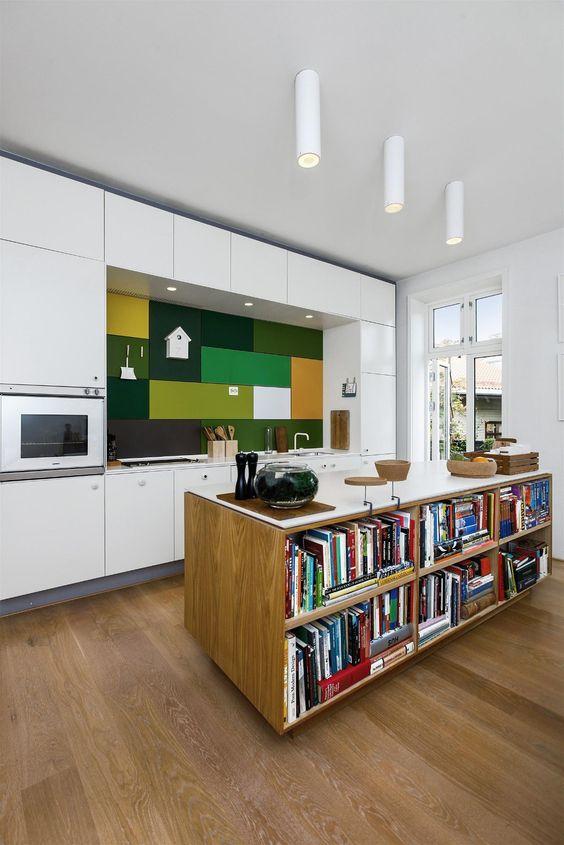 Kjøkkenøy med bokhylle på en side / leilighet fredensborg ...