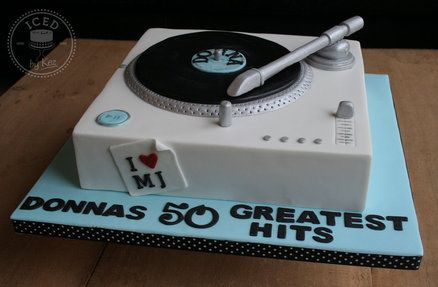 Turntable, Cakes and Record player on Pinterest