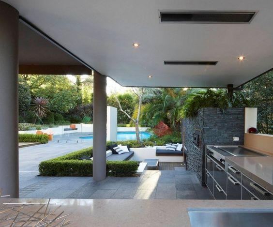 Unique gro z giger Garten mit Pool Sitzbereich und moderner Outdoor K che Garten Pinterest Garten mit pool Outdoor k che und Outdoor