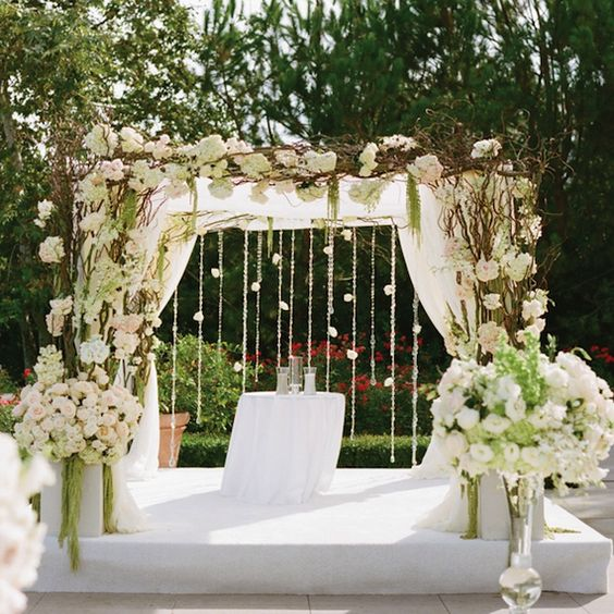 Rustic Wedding Altar Keywords Weddingaltars: Gorgeous Altar Structure Adorned With Curly Willow And