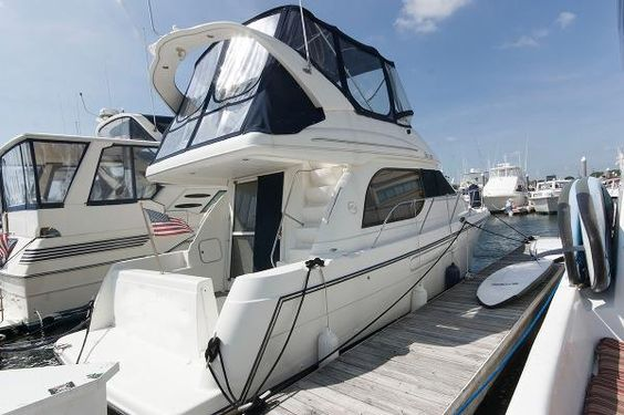 2001 Bayliner 3788 Command Bridge Motoryacht, Atlantic City New Jersey - boats.com