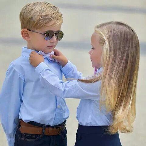 Mano vou ajeitar sua gravata pra ficarmos fofos....rsrs