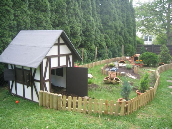 luxury small and large outdoor dog house for life and