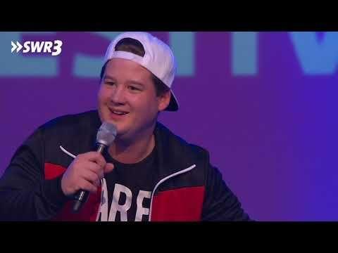 Chris Tall Beim Swr 3 Comedy Festival 2018 Youtube Lustige Videos Youtube Videos