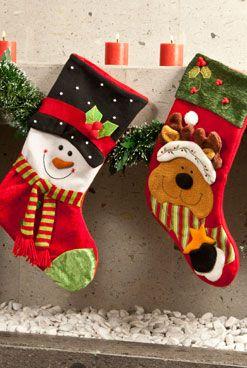 Christmas stockings navidad and stockings on pinterest for Como hacer decoraciones navidenas