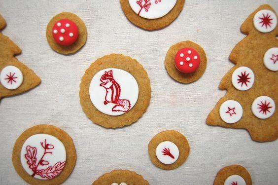 Die herzallerliebsten Lebkuchenplätzchen - mit margamarina Motiven bestempelt