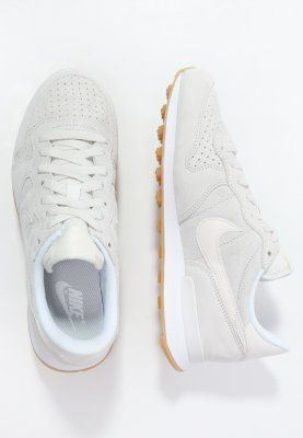 shop best sellers reliable quality undefeated x nike internationalist mid zalando