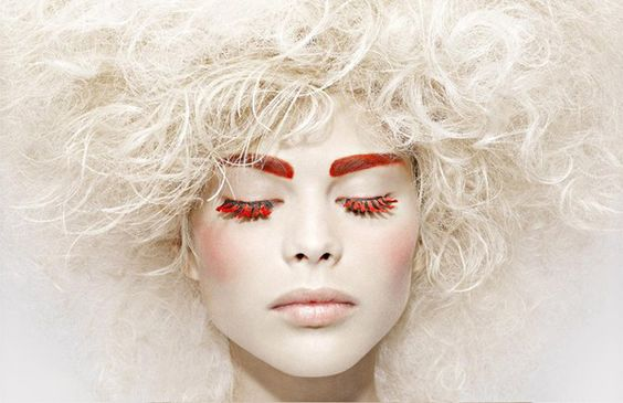 Red lashes