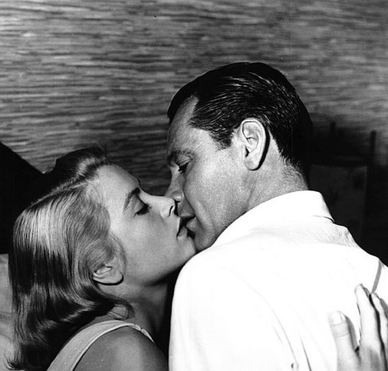 Grace Kelly and William Holden in The Bridges at Toko-Ri (1954)