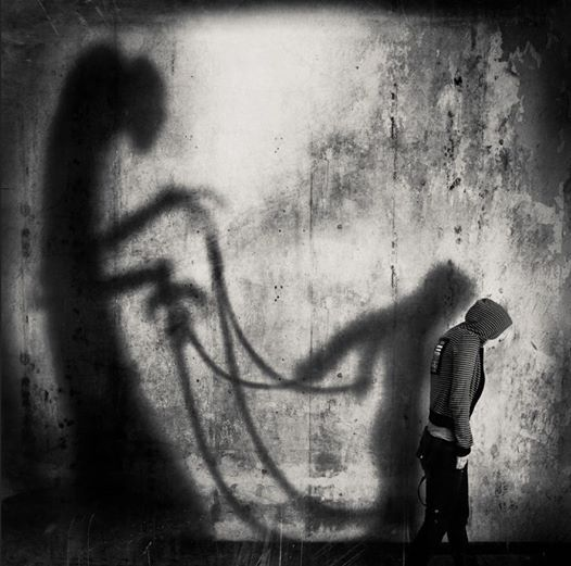 © Mrs White Self Destruction