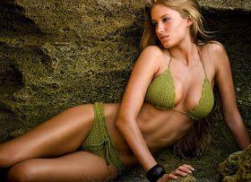 LE GATTE COI TACCHI: Schema bikini all'uncinetto- Schemi costume da bagno all'uncinetto