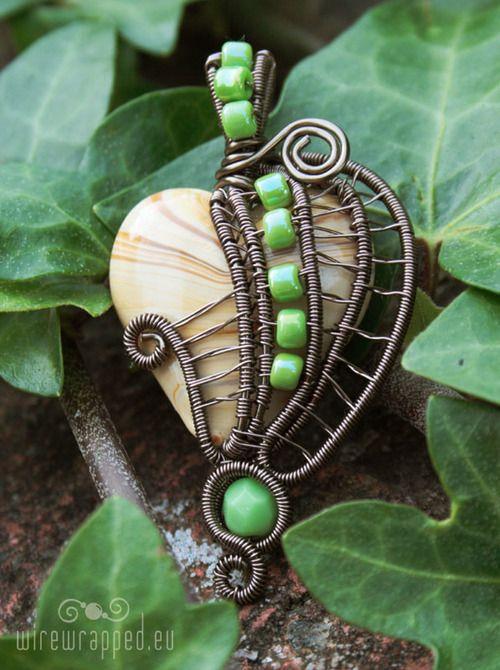 Fairy leaf by *ukapala
